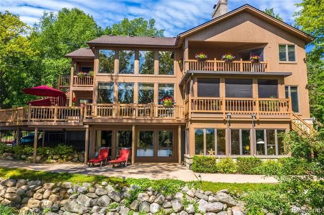 8910 Tipsico Lake Road, Rose Twp, MI 48442 (#2200047806) :: The Alex Nugent Team | Real Estate One