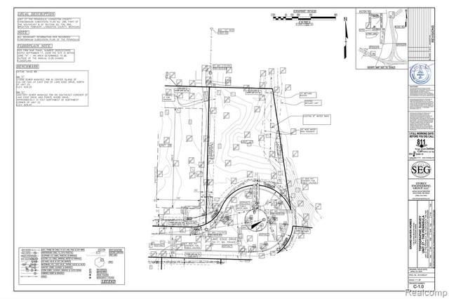 Lot 28 Lake Edge Drive, Brighton Twp, MI 48114 (#2200048057) :: Novak & Associates