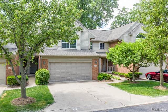103 Village Place Drive, Chelsea, MI 48118 (MLS #2200048483) :: The Toth Team
