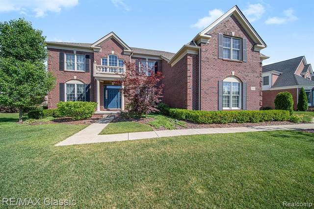 24828 Mallard Trail Lane, Novi, MI 48374 (#2200048642) :: Novak & Associates