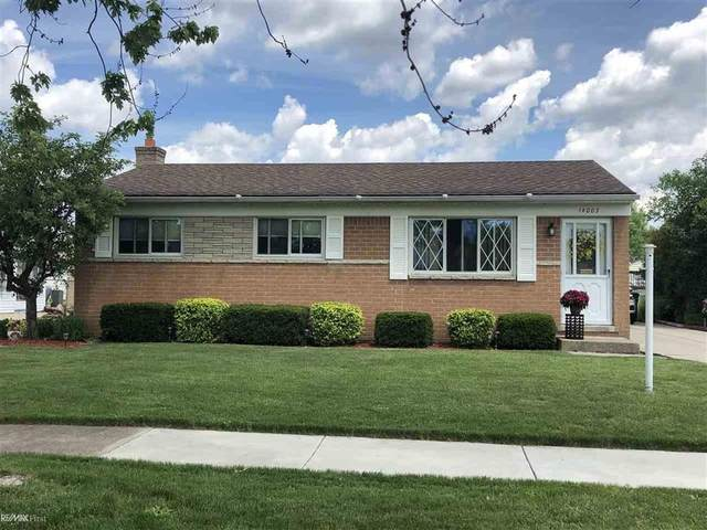 18003 Cloverdale, Clinton Twp, MI 48035 (MLS #58050015695) :: The Toth Team