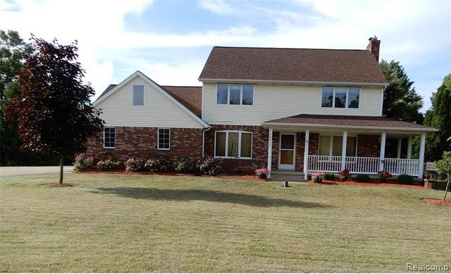 18915 25 MILE Road, Macomb Twp, MI 48042 (MLS #2200048799) :: The John Wentworth Group
