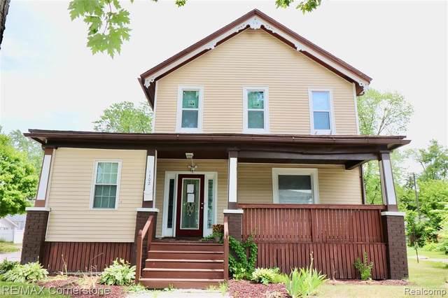 1102 S Jefferson Avenue, Saginaw, MI 48601 (MLS #2200048860) :: The John Wentworth Group