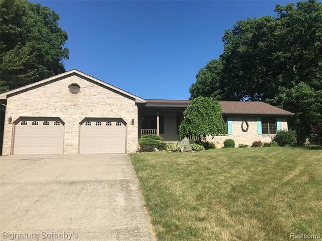 13319 Blackwood Drive, Dewitt, MI 48820 (#2200049001) :: RE/MAX Nexus