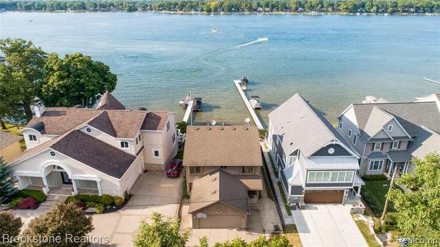 4962 Sherwell Drive, Waterford Twp, MI 48327 (#2200049041) :: Alan Brown Group