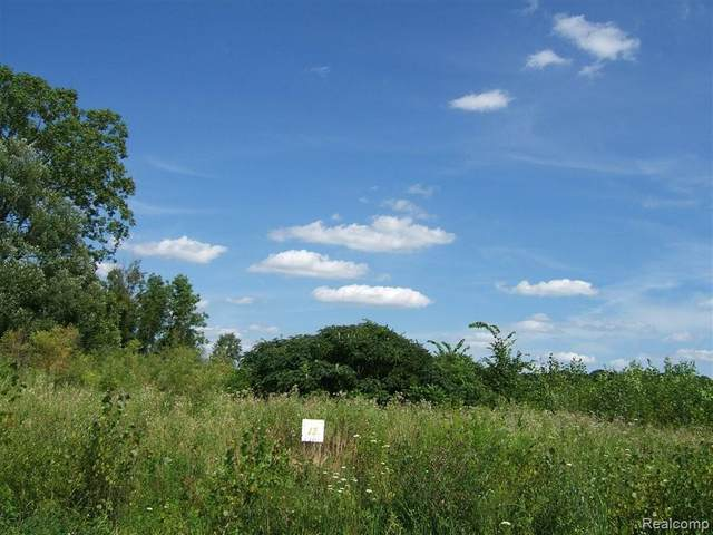 13 Ashley Lane, Berlin Twp, MI 48002 (#2200049156) :: Real Estate For A CAUSE