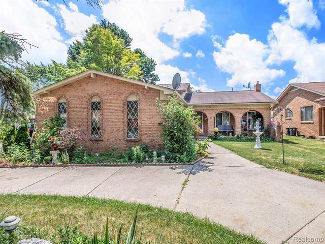 37101 Almont Drive W, Sterling Heights, MI 48310 (MLS #2200049304) :: The Toth Team