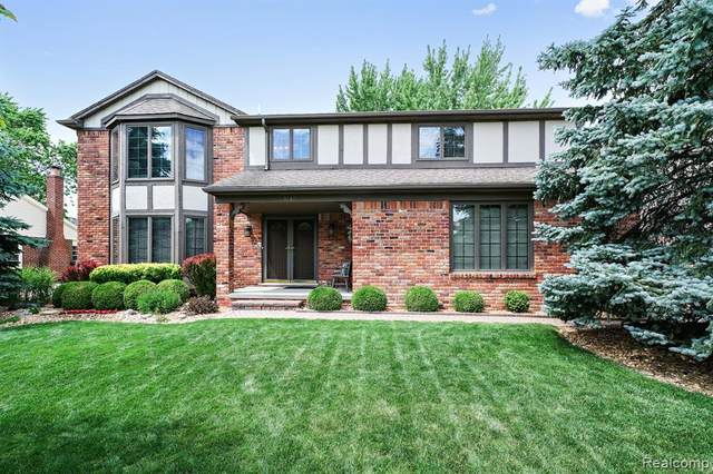 3139 Salem Drive, Rochester Hills, MI 48306 (#2200049598) :: The Alex Nugent Team | Real Estate One