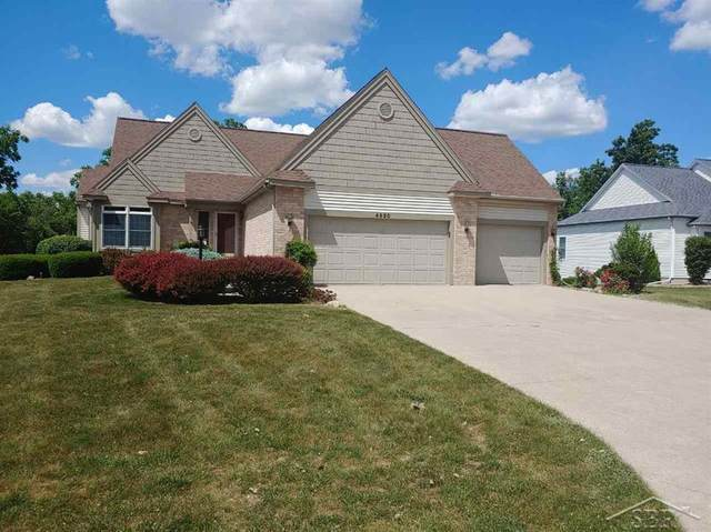 4650 Cedar Crest, Saginaw Twp, MI 48603 (#61050015962) :: The Alex Nugent Team | Real Estate One
