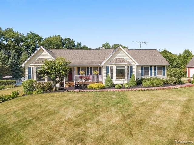 1312 Truhn Rd, Howell, MI 48836 (MLS #2200049818) :: The John Wentworth Group