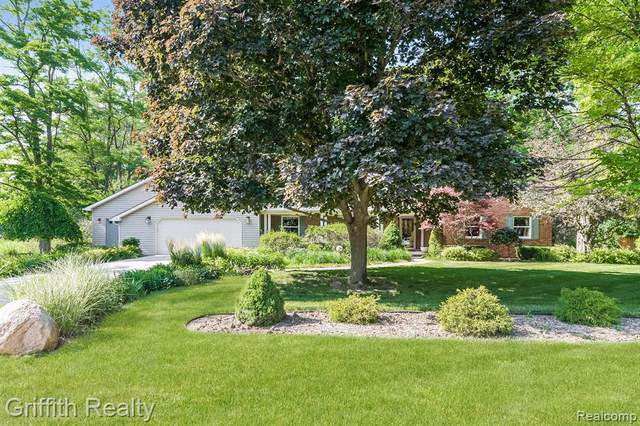 7589 Mcclements Rd, Genoa Twp, MI 48114 (#2200049948) :: Alan Brown Group