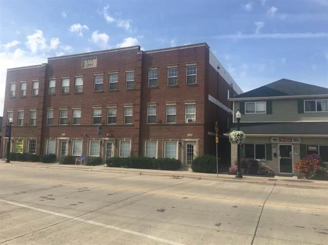 235 Main, Belleville, MI 48111 (#543274467) :: The Alex Nugent Team | Real Estate One
