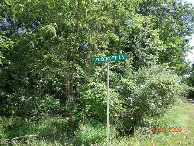 V/L Foxcroft Lane, Tyrone Twp, MI 48430 (MLS #2200050187) :: The Toth Team