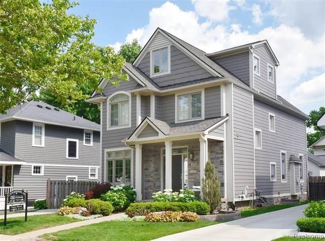 1276 Smith Avenue, Birmingham, MI 48009 (#2200050459) :: The Alex Nugent Team | Real Estate One