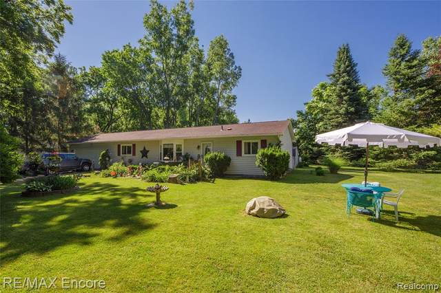 1315 Beaverbrook Drive, Rose Twp, MI 48442 (#2200050483) :: The Alex Nugent Team | Real Estate One