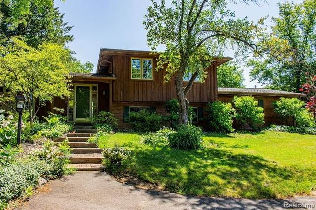 7838 Perry Lake Road, Independence Twp, MI 48348 (#2200050501) :: The Alex Nugent Team | Real Estate One