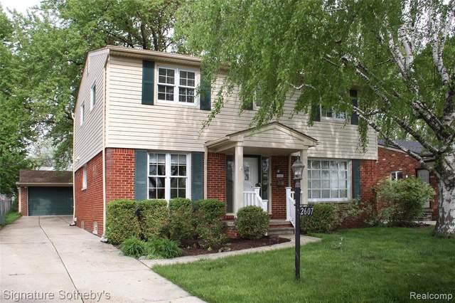 2607 Clawson Avenue E, Royal Oak, MI 48073 (#2200050527) :: The Alex Nugent Team   Real Estate One