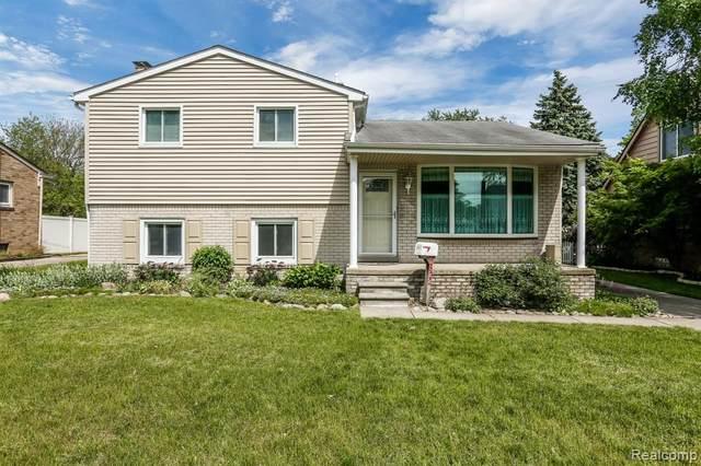 2822 Glenview Avenue, Royal Oak, MI 48073 (#2200050638) :: The Alex Nugent Team   Real Estate One