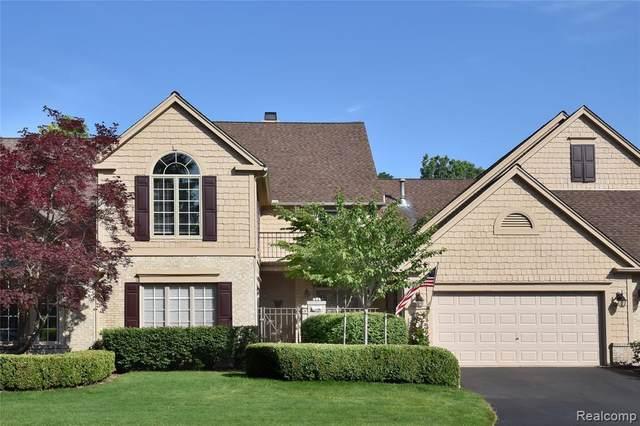 535 Cambridge Way, Bloomfield Hills, MI 48304 (#2200050855) :: The Alex Nugent Team | Real Estate One