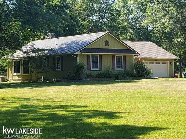 4076 Starville Rd, China Twp, MI 48054 (MLS #58050016380) :: The Toth Team