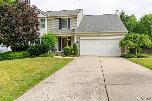 431 Ivy Wood Court, Rochester Hills, MI 48307 (#2200051263) :: The Alex Nugent Team | Real Estate One