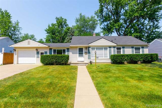 14745 Merriman Road, Livonia, MI 48154 (#2200051338) :: Alan Brown Group