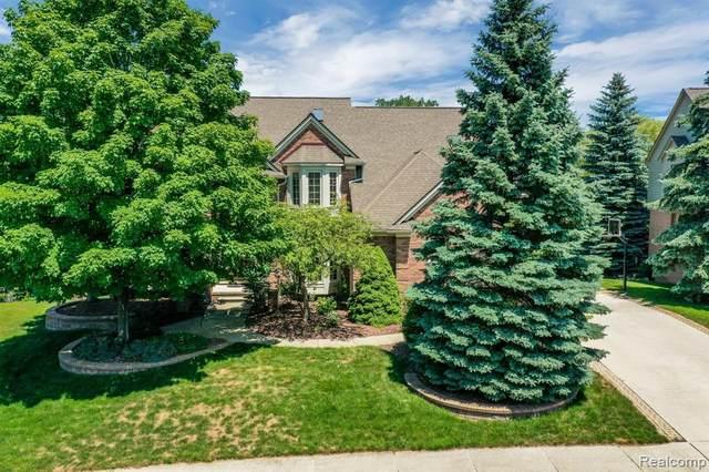 3596 Nesting Ridge Drive, Rochester Hills, MI 48309 (#2200051523) :: The Alex Nugent Team | Real Estate One