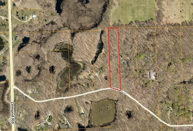 0000 Woodland Trail, Springfield Twp, MI 48350 (MLS #2200051677) :: The John Wentworth Group