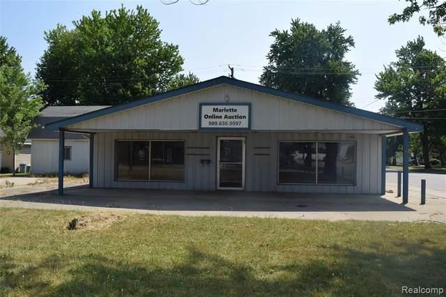 3245 Main Street, Marlette, MI 48453 (#2200051820) :: The Mulvihill Group