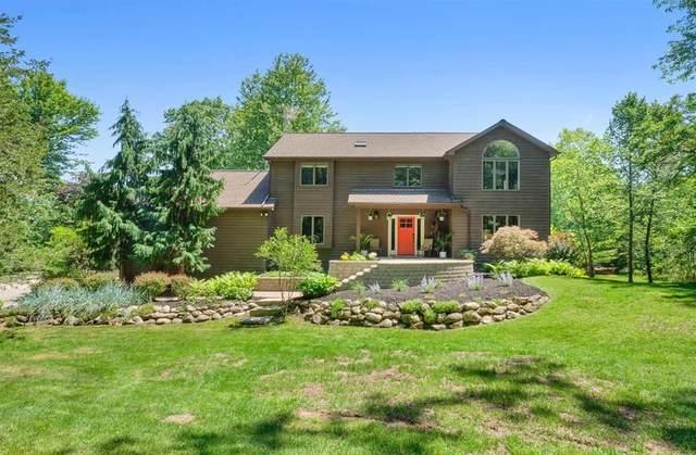 8422 Donovan Road, Webster, MI 48130 (#543274485) :: Duneske Real Estate Advisors