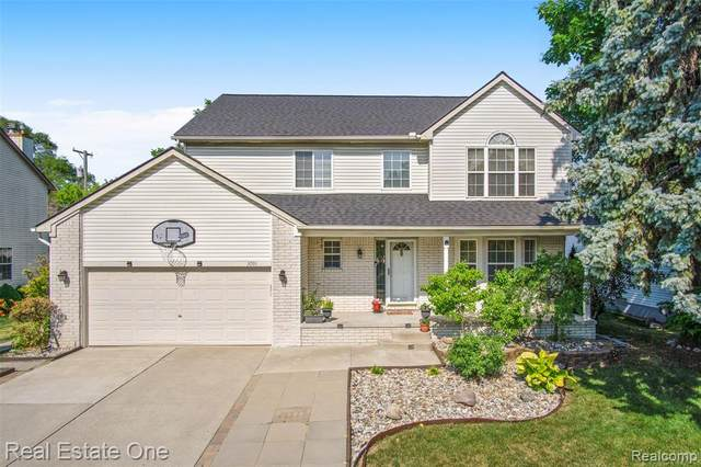 3091 Troy Drive, Troy, MI 48083 (#2200052375) :: The Mulvihill Group