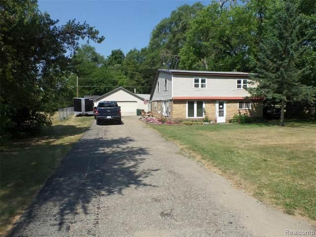 527 N Wilder Road, Lapeer Twp, MI 48446 (#2200052461) :: BestMichiganHouses.com