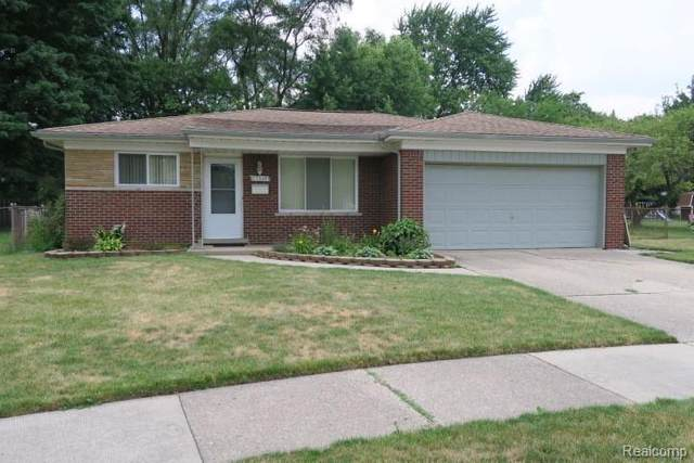 27249 Walker Avenue, Warren, MI 48092 (#2200052488) :: The BK Agency