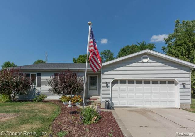 292 S Bartlett Road, ST. CLAIR TWP, MI 48079 (#2200052604) :: The BK Agency