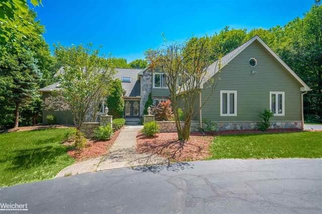 5317 Greenview, Independence Twp, MI 48348 (#58050016834) :: GK Real Estate Team