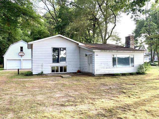 63144 W Fish Lake Rd, Sherman Twp, MI 49091 (#62020026368) :: RE/MAX Nexus
