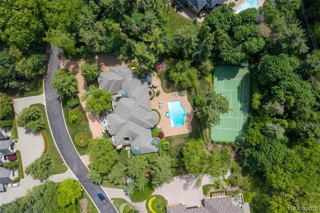 23 Hidden Ridge, Bloomfield Hills, MI 48304 (#2200052942) :: GK Real Estate Team