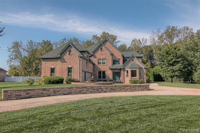 26730 Poplar Drive, Huron Twp, MI 48164 (#2200053090) :: GK Real Estate Team