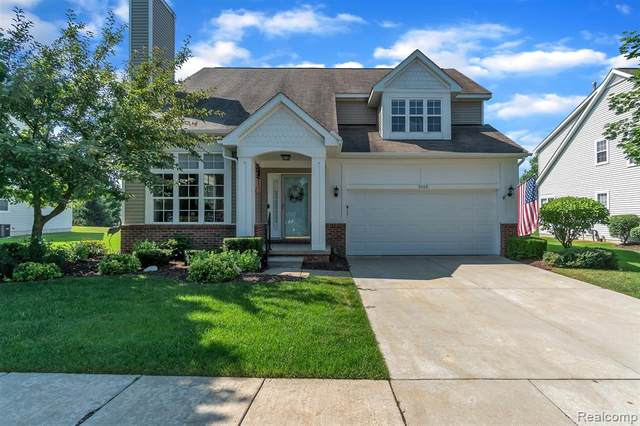 5268 Pentwater Drive, Genoa Twp, MI 48843 (#2200053126) :: Alan Brown Group