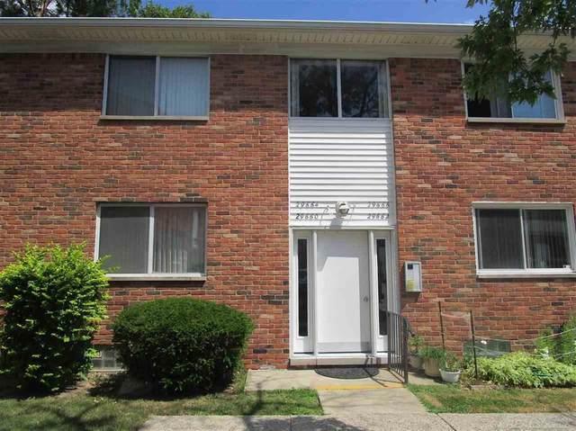 29660 Hoover, Warren, MI 48093 (#58050017019) :: GK Real Estate Team
