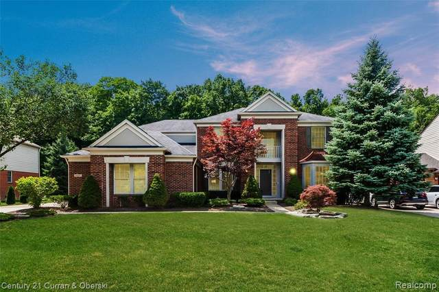 44905 Oak Forest Drive, Northville Twp, MI 48168 (#2200053359) :: Alan Brown Group