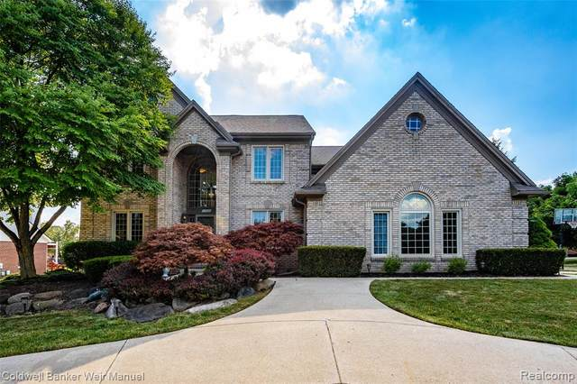 17463 Northville Trail, Northville, MI 48168 (#2200053398) :: Alan Brown Group