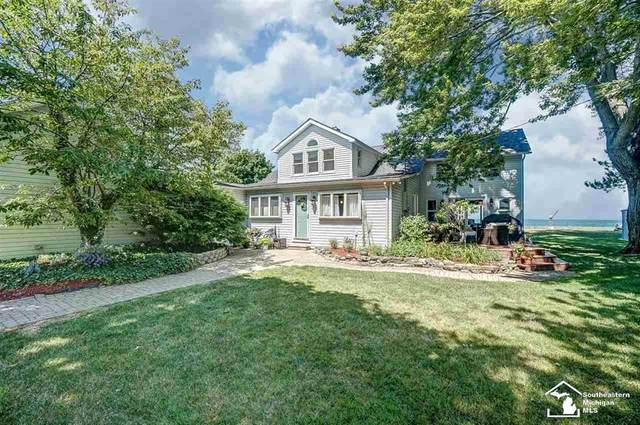 3500 Lakeshore Dr, Frenchtown Twp, MI 48166 (#57050017087) :: The Mulvihill Group