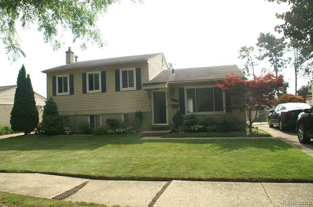 14148 Marie Street, Livonia, MI 48154 (#2200053436) :: Alan Brown Group