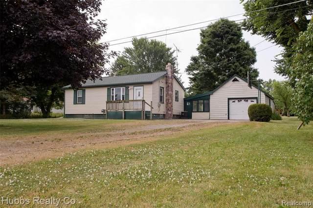5312 E Frances Road, Genesee Twp, MI 48458 (MLS #2200053499) :: The John Wentworth Group