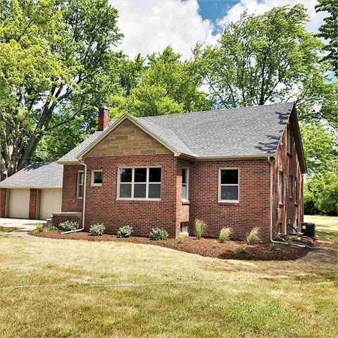 54540 Romeo Plank, Macomb Twp, MI 48042 (#58050017118) :: Alan Brown Group