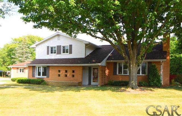 1112 Meadow Dr, Owosso, MI 48867 (#60050017125) :: The Alex Nugent Team | Real Estate One