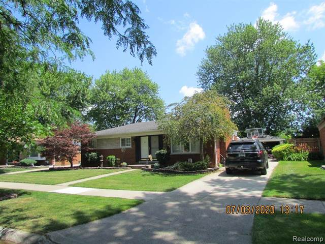 31652 Edwood Drive, Warren, MI 48088 (#2200053578) :: Alan Brown Group