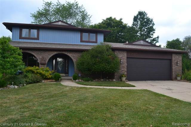 43575 Lyme Court, Canton Twp, MI 48187 (#2200053623) :: The Mulvihill Group