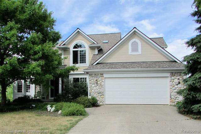 3815 Perry Lake Road, Brandon Twp, MI 48462 (#2200053767) :: GK Real Estate Team